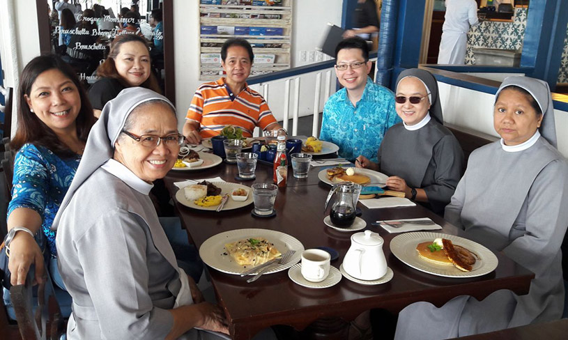 Breakfast with Sr Vickky, Monique, Dr Rochi, Dr Manny, Sr Helen, and Sr Belinda